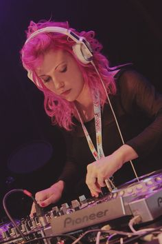 another Photo from SDP Festival @ Czrnków 2014! DJ Mirjami with Pink Hair :)