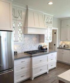 Most Amazing Kitchen With Range Hood Ideas - Modern Kitchen Hoods, New Kitchen Cabinets, Built In Cabinets, Kitchen Countertops, Kitchen Flooring, Soapstone Kitchen, Kitchen Vent, Glass Cabinets, Open Kitchen