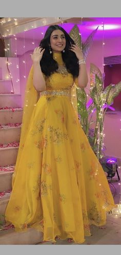 Bollywood Actress Hot Photos, Hottest Photos, Pakistani, Actresses, Cute Outfits, Gowns, Celebrities, Modern, Female Actresses