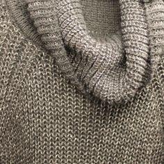 Jersey de cuello vuelto gris