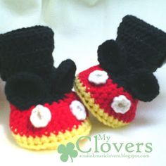 crochet baby booties inspired from mickey mouse [myclovers] Baby Mickey, Mickey Mouse, Crochet Baby Booties, Booty, Hats, Projects, Inspired, Crochet Shoes, Log Projects