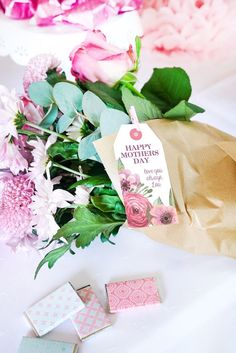 Blooms from a Floral Mother's Day Party with Free Printables on Kara's Party Ideas | KarasPartyIdeas.com (12)