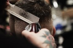 Mens hair in general Barber Man, Hair Barber, Barber Shop, Barber Pictures, Environmental Portraits, Native American History, Animal Tattoos, Branding, Poses