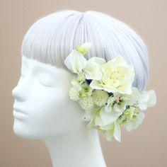 髪飾り・ヘッドドレス/アマリリスの髪飾り(白) - ウェディングヘッドドレス&花髪飾りairaka