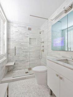 50 Amazing Small Master Bathroom Shower Remodel Ideas and Design - Bathroom Tile Designs, Bathroom Design Small, Bathroom Renos, Bathroom Interior, Gold Bathroom, Narrow Bathroom, Bathroom Cabinets, Budget Bathroom, Bathroom Makeovers