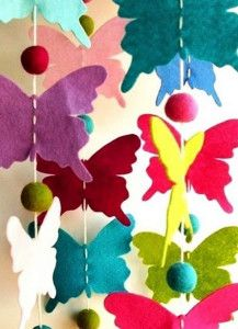 Mummy's Little Dreams: Butterfly Party Theme: Felt Butterfly Garland Butterfly Mobile, Butterfly Party, Butterfly Birthday, Butterfly Crafts, Butterfly Felt, Paper Butterflies, Felt Butterfly Pattern, Butterfly Decorations, Kids Crafts