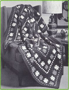 561 Granny Garden Afghan Crochet Pattern, 57 x 77 Inches, Granny Square Afghan Pattern, Free Pattern Offer, Vintage 1940's, PDF Download