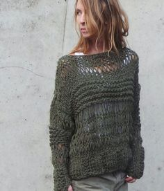 Knitting Patterns Sweaters Chunk green sweater / oversized grunge sweater by ileaiye Knitting Blogs, Knitting Designs, Knitting Patterns, Loose Knit Sweaters, Summer Sweaters, Ribbon Yarn, Summer Knitting, Green Sweater, Knitwear