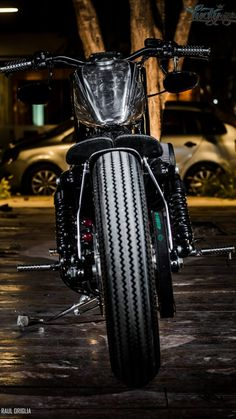 Custom Motorcycles, Custom Bikes, Cars And Motorcycles, Bobber Motorcycle, Bobber Chopper, V Rod, Riding Gear, Road King, Light Art