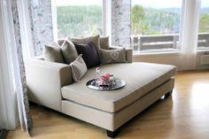 Deilig og komfortabel daybed fra Krogh Design. www.krogh-design.no Daybed, Lounge, Couch, Furniture, Design, Home Decor, Chair, Airport Lounge, Homemade Home Decor