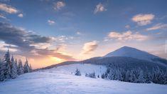 Ukraina, Karpaty, Góry Gorany, Zima, Las, Drzewa, Wschód słońca, Chmury