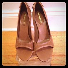 """Selling this """"CLASSY BROWN SUEDE SANDAL"""" in my Poshmark closet! My username is: class4half. #shopmycloset #poshmark #fashion #shopping #style #forsale #Enzo Angiolini #Shoes"""