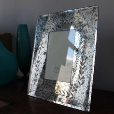 These beautiful Antique Mirrored picture frames have all the elegance and glamour of a bygone age and will look great whether displayed on a dressing table in the bed room or shelf in the living room. Draw attention to a special photograph by displaying it in this fabulous frame. £24.50