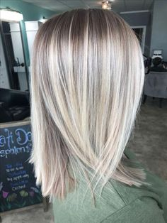 Clairol Shimmer Lights Original Shampoo Blonde and Silver 8 oz. ash blonde ombre dark roots silver soft golden beige hair highlights ash blonde… – … - Hairstyles For All Clairol Hair Color, Ash Blonde Highlights, Blonde Hightlights, Chopstick Hair, Medium Hair Styles, Long Hair Styles, Hair Color Dark, Blonde Color, Winter Hairstyles