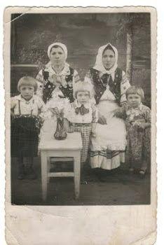 Lemko family, 1940s   Born Again Ukrainka   Pinterest