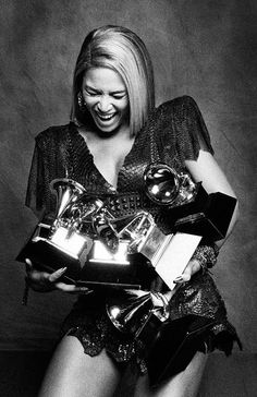 Beyonce with just a few of her grammys! #flashbackfriday