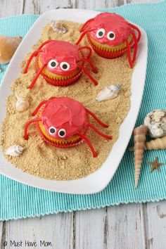 Crab Cupcakes dessert idea for a beach party or summer dessert idea! Would be gr… Crab Cupcakes dessert idea for a beach party or summer dessert idea! Would be great for an ocean themed birthday party too! Crab Cupcakes, Beach Cupcakes, Summer Cupcakes, Summer Desserts, Birthday Cupcakes, Ocean Theme Cupcakes, Sheep Cupcakes, Valentine Cupcakes, Party Cupcakes