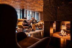 Gemütlichkeit und Entspannung an Ihrem Wohlfühlort im Wellnesshotel Jungbrunn im Tannheimer Tal. Bergen, Best Interior Design, Design Ideas, Good Times, Places, Guys, Vacation, Mountains