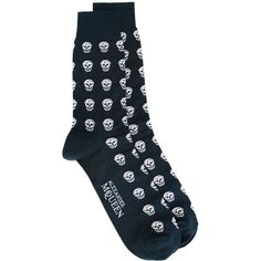 Alexander McQueen skull knit socks Gente Roma ❤ liked on Polyvore featuring intimates, hosiery, socks, alexander mcqueen, skull socks and knit socks