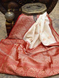 kanjivaram silk saree, kanjivaram saree, silk saree, kanchipuram saree, latest kanchipuram saree, latest kanjivaram silk saree, white kanjivaram silk saree, red kanjivaram silk saree; red kanjivaram saree; Soft Silk Sarees, Chiffon Saree, Bollywood Saree, Bollywood Fashion, White Saree, Casual Saree, Beautiful Color Combinations, Traditional Sarees, Festival Wear