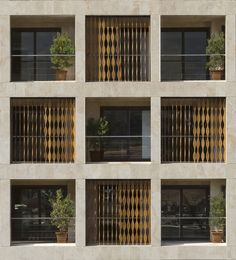 Gallery of The SABA Apartment / Sara Kalantary + Reza Sayadian - 6