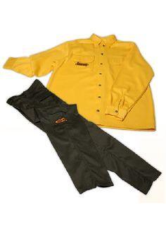 UNIFORMES:  Indispensáveis para a proteção adequada das brigadas, minimizando riscos. Uniforme para bombeiros florestais, oferece proteção antichamas, calor e respingo de materiais incandescentes, compostos de camisa de mangas longas e calça. Conjunto em Amerlan® Marca: R&F Camisa Amerlan® 250 Composição: 50% viscose Ignífuga (Lenzing FR), 40% lã e 10% poliamida. Calça Amerlan® 290 RS (Rip Stop) Composição: 50% viscose Ignífuga (Lenzing FR), 40% lã e 10% poliamida.