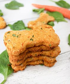Grain-Free Carrot and Spinach Dog Treats - The Produce Moms Dog Treats Grain Free, Grain Free Dog Food, Against All Grain, Sweet Potato Dog Treats, Sweet Potatoes For Dogs, Natural Peanut Butter, Almond Butter, Homemade Dog Treats, Pet Treats