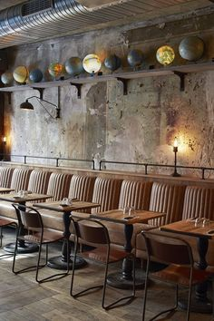 These Are The Best Coffee Bar & Restaurant Design Ideas To Inspire You Design Bar Restaurant, Deco Restaurant, Restaurant Seating, Pizza Restaurant, Eclectic Restaurant, Vintage Restaurant, Industrial Restaurant, Restaurant Concept, Cafe Seating
