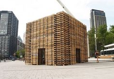 foret 2 meditation chamber made using shipping pallets_1