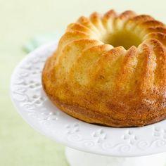 Découvrez la recette Gâteau moelleux au mascarpone sur cuisineactuelle.fr.
