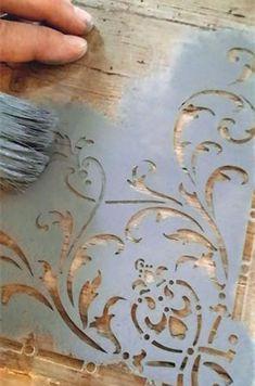 Vintage Paint:Jeanne D'Arc Living_1