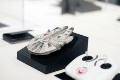 Vous allez bientôt pouvoir vous offrir des drones Star Wars ! - http://www.leshommesmodernes.com/drones-star-wars-2/