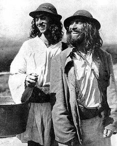 Romani Gypsy men of Kalderash tribes - Vintage photos - FriendFeed They look kind of like George Harrison & John Lennon! That's who I thought they were at first. Gypsy Men, Gypsy Life, Gypsy Soul, Boho Gypsy, Gypsy Caravan, Gypsy Wagon, Gypsy Trailer, Vintage Photographs, Vintage Photos