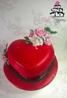 3D heart cake  by cakehappens