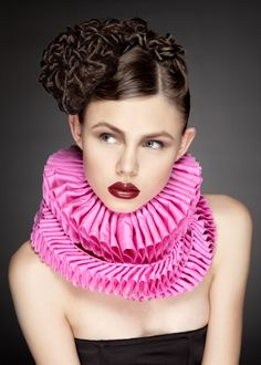 Neck ruffs by Sanna Nyström - must have this autumn