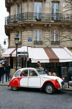 Vintage Citroen, Paris
