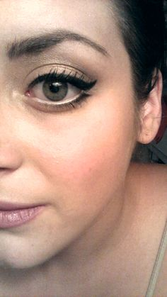 [FOTD] Did a little something different with my eyeliner today. - Imgur