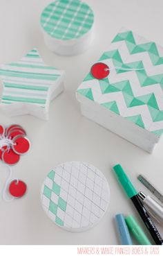 Easy Gift Wrap With White Boxes and Paint Pen - LOVE IT