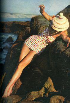 1950s swimsuit fashion #EasyNip