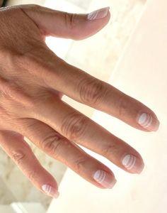 Nails At Home, Manicure At Home, My Nails, Dip Manicure, Nail Polish Stickers, Pedicure Kit, Minimalist Nails, Accent Nails, Nail File