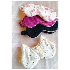 🧵 Sandra 🧵 sur Instagram: Masque de nuit. . J'ai ajouté ces masques dans les trousses cousus pour le Noël des filles. . Ce modèle de chez @sacotin est parfait ! Il…