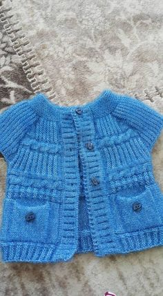 46 Pink Blue Baby Clothing Knitting Patterns – About Baby Baby Cardigan Knitting Pattern, Baby Knitting Patterns, Baby Patterns, Knitting For Kids, Crochet For Kids, Baby Blue, Pink Blue, Baby Suit, Baby Outfits