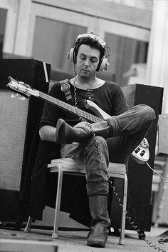 Paul McCartney - Se le estaba ocurriendo una bobadita no más-.