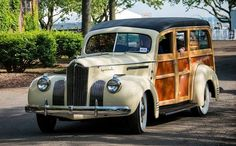 Packard Modèle 110 Woody Wagon 1941 - source 40s & 50s American Cars.