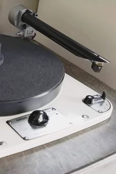 Stephane says his Hana ML mounted on Wand Classic arm fitted to a Garrard, sounds GREAT. Sounds Great, Lectures, Hana, Turntable, Decks, Audio, Classic, Vinyl Records, Arms