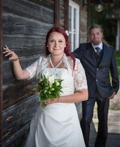 www.ristokuitunen.fi Wedding Photography, Wedding Dresses, Fashion, Bride Dresses, Moda, Bridal Gowns, Fashion Styles, Weeding Dresses, Wedding Dressses