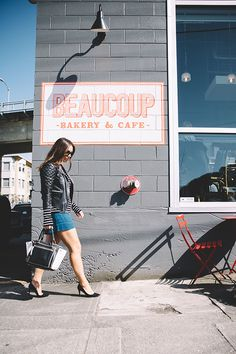 Best Vancouver Coffee Spots | theglitterguide.com