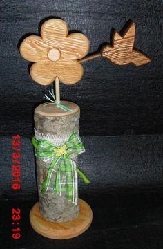 Holz Blume mit Kolibri auf Buchenholz Säule