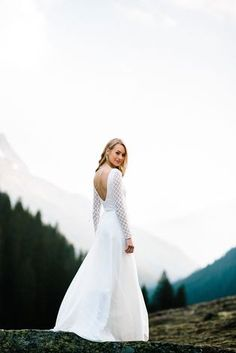 New noni bridal collection coming soon! Modern wedding dresses and bridal separates for the modern bride. Wedding Dress Styles, Wedding Wear, Wedding Gowns, Bride Lingerie, Bridal Separates, Hippie Tops, Backless Wedding, Bridal Portraits, Bridal Collection