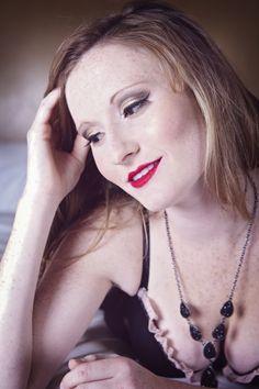 Retro Glamourous Boudoir Makeup by Glow Skincare & Makep